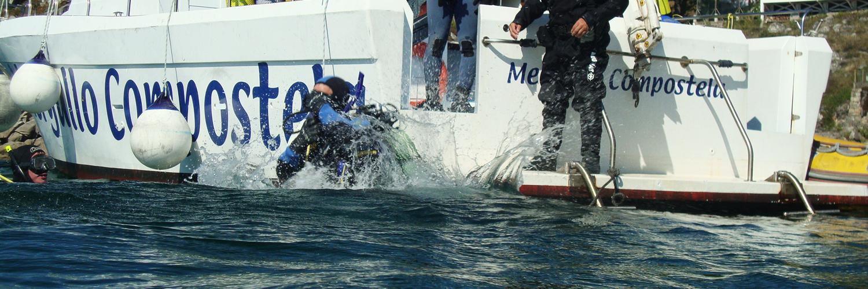 barco de buceo galicia mergullo compostela